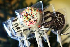 Chocolate Dipped Oreo Cookie Sucker Tutorial. Easy, adorable, and delicious! You'll love our step by step directions. Make some today!