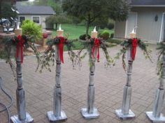 -Christmas DIY- Check out these DIY outdoor Christmas decorations that make it cheap & easy to get your porch & yard looking festive for the Holidays. Make your home the most festive on the block with these creative DIY Christmas decorations. Christmas Porch, Noel Christmas, Rustic Christmas, Simple Christmas, Christmas Wreaths, Christmas Picks, Homemade Christmas, Christmas Island, Christmas Vacation