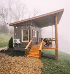 Tiny House Shipping Container, Building A Container Home, Container House Plans, Tiny House Cabin, Tiny House Living, Small House Plans, Modern Tiny House, Casas Containers, Small House Design
