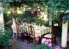 An outdoor dining area surrounded by vegetation can't really be compared with anything else