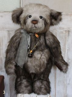 New **COLLECTABLE HANDMADE FULLY JOINTED CHARLIE BEAR ~ GERTRUDE** 79cm @ The Teddy Bear Cottage