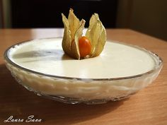 Spuma de lamaie Serving Bowls, Pudding, Tableware, Desserts, Food, Sweet, Tailgate Desserts, Dinnerware, Deserts