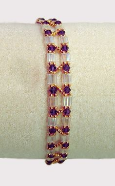Free pattern for bracelet Barbara with tila beads
