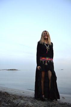 Falda boho negra by @freeloveibiza disponible en Ibiza Trendy #TiendaOnline