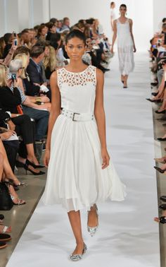 A model walks the runway at the Oscar De La Renta fashion show during Mercedes-Benz Fashion Week Spring 2014 on September 10, 2013 in New York City.