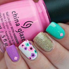 Bright Summer Nails with Floral Accent - Paulinas Passions