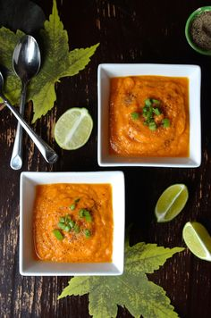 Creamy Roasted Pepper, Carrot, and Ginger Soup #recipe #healthy #soup
