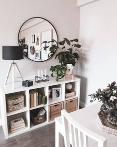 25 Best and Unique Storage for Your Apartment Decoration 19 - House Interior Design Ideas - Sofas Home Living Room, Living Room Designs, Living Room Decor, Bedroom Decor, Farmhouse Side Table, Cool Rooms, Home Interior Design, Room Interior, Home Decor