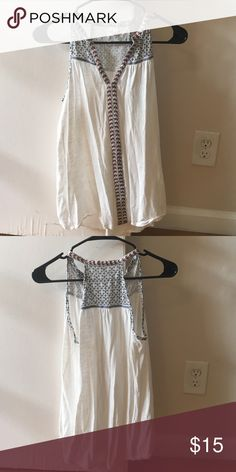 Aztec patterned tank top From Nordstrom. Flattering fit and easy to wear with jeans on the weekend. Excellent condition. Only worn once. Nordstrom Tops Tank Tops