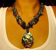 Pawa Shell Necklace by Kaingud Arts and Crafts