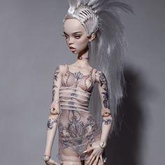 Exclusive doll wearing tries wig from the ROYALS collection ⭐️Эксклюзивная кукла в паричке из коллекции ROYALS ⭐️