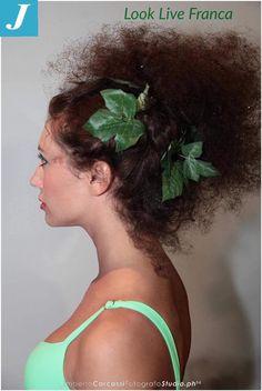 Sfilata estate 2016 targata Look Live #parrucchieraFranca #centrodegradèjoelle #artistico #acconciature #make-up #curl #green #missmamma2016 #vitality #longhair #ballerine #tulle #foglie #professione #ballerine #istafashion #modelle #eleganze #bambole