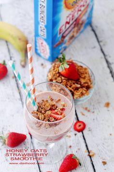 Honey Oats Strawberry Smoothie | www.diethood.com | #MorningEnergy