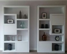 Looking beautiful in livingroom! Bookcase Shelves, Shelving, Living Room Grey, Home And Living, Inside A House, Rm 1, Bedroom False Ceiling Design, Muebles Living, Outdoor Living Rooms