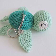 Porte clés tortue samy crochet amigurumi kawaii