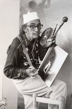 Salvador Dali in Cadaques - Cozyhuarique