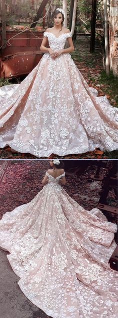 Luxurious Organza Off Shoulder Short Sleeves Wedding Dress with Lace
