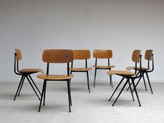 Friso Kramer chairs manufactured by De Cirkel Ahrend dating from 1963