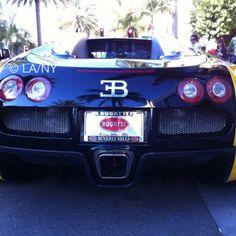 #bugatti #beverlyhills #rodeodrive #cars #luxury #verveofla™