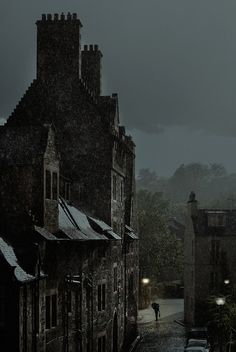Dark Night, Edinburgh, Scotland photo via moving