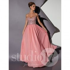 You need to wear a prom dress according to your height and body structure. Online dress shopping provides you the opportunity to compare and select a perfect prom dress that suits your requirement.