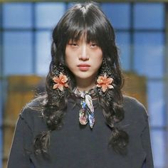 Sora Choi at Dsquared² fall 2017 rtw Portrait Inspiration, Hair Inspiration, Pretty People, Beautiful People, Sora Choi, Pigtail Braids, Aesthetic People, Hair Reference, Looks Cool