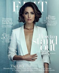 Frank interview: Rose Byrne - 'It's a beauty pageant': Rose Byrne stuns in a plunging white blazer as she discusses the perils of being a woman in Hollywood Actrices Sexy, Cooler Look, Beauty Pageant, Miranda Kerr, Bob Hairstyles, Girl Crushes, New Hair, Hair Inspiration, Curly Hair Styles