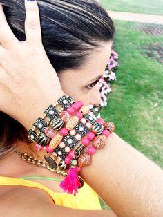 Pulso cheio, pulseiras lindas, pulseiras, bijoux boho atacado,Roberta Prado Acessórios, bijuterias da moda atacado,brinco boho atacado, bijoux boho chic atacado,bijuterias boho style,acessórios da moda, bijous finas atacado,boho style,acessórios boho style, brinco leve,maxi brinco atacado,brincos atacado,atacado,bijuterias de luxo, bijoux online, acessórios femininos, moda