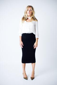 White Blouse + black midi skirt + leopard pumps | Smythe