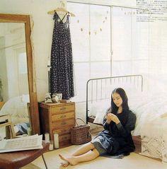 gift: Japanese women's world Have their own room for Jap. Yu Aoi, Instagram Pose, Instagram Fashion, Female Reference, Pose Reference, Mori Fashion, Japan Model, Forest Girl, Girl House