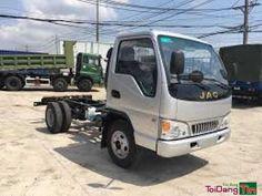 Công ty TNHH TM DV Ô Tô Đông Anh. Đại lý ủy quyền chính Jac Motor  ĐC: 2975, QL1A – P. Tân Thới Nhất – Q. 12 – Tp. Hồ Chí Minh. L.Hệ PKD : Quang Vương : 0901987627  Website: dailyxesaigon.com Thông số kỹ thuật xe JAC 2t4 (JAC 2t4 tấn hfc1030k4). •    Xe tải Jac 2T4 là dòng sản phẩm được sản xuất trên dây chuyền công nghệ của ISUZU với nhiều tính năng ưu việt như: Tiết kiệm xăng, động cơ bền, khung gầm chắc chắn có thể chở hàng nặng…Xe tải Jac 2,4tấn đang được rất nhiều người ưu chuộng hiện…
