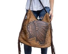 Raviani western hobo Indian chief In brown/Brindle hair on leather W/ Fringe with Concealed carry Made in USA Cowhide Purse, Tooled Leather Purse, Leather Tooling, Cowhide Leather, Leather Purses, Leather Handbags, Brown Leather, Logo Chef, Leather