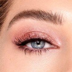 Light Eye Makeup, Prom Eye Makeup, Natural Prom Makeup, Wedding Eye Makeup, Prom Makeup Looks, Pink Makeup, Blue Eye Makeup, Light Makeup Looks, Wedding Makeup For Blue Eyes