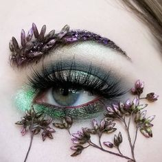 nature forest inspired look > greens and purples > flower buds > floral design > face art makeup Creative Eye Makeup, Eye Makeup Art, Eye Art, Makeup Inspo, Makeup Inspiration, Beauty Makeup, Makeup Eyes, Aesthetic Eyes, Aesthetic Makeup