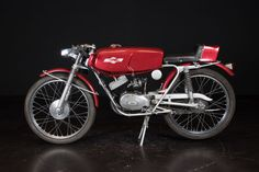 Malanca - Nicky 50cc - 1963   Perfectly restored   In working condition   With original Italian registration certificate  Engine size: 50cc   Frame no.: 15826 Engine no.: 3A4  This bike is located in Reggio Emilia, Italy