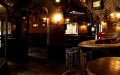 best bars in madrid for study abroad students, where to party in madrid study abroad