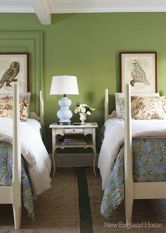 lauren della monica-green bedroom