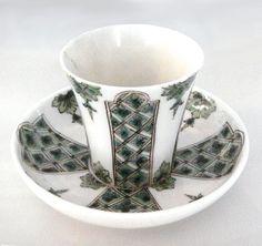 File:Saint Cloud soft porcelain cup 1700 1720.jpg