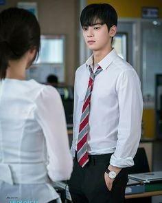 Cha Eun Woo, Hot Korean Guys, Korean Men, Korean Actors, Cha Eunwoo Astro, Astro Wallpaper, K Pop, Lee Dong Min, Kim Bum