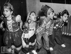 Talk about cutie-pies!  1940.