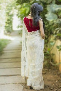 Beautiful white saree, with sprinkling colored tassels, ARIA Ethnic Indian Sarees, Indian Attire, Indian Ethnic Wear, Indian Look, Indian Style, Indian Dresses, Indian Outfits, White Sari, White Saree Blouse, Saree Jackets