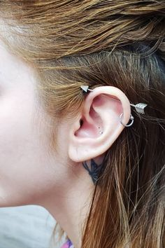 Transverse Piercing: Tips, Care, and Models for Betting - Thinking About Adher . - Transverse Piercing: Tips, Care, and Models for Betting – Thinking About Adher … – Transvers - Piercing No Tragus, Bellybutton Piercings, Best Tattoos For Women, Tattoos For Guys, Cool Tattoos, Piercing Transversal, Best Tattoo Ever, Berry, Piercings For Girls