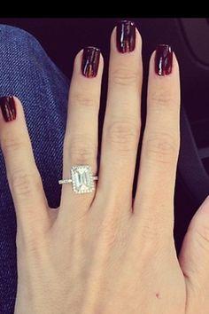 Bachelorette Emily Maynard's ring. Breathtaking.