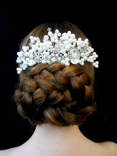 Bridal head piece Pearl and crystal