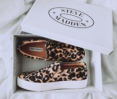 Steve Madden Shoes fashion, leopard, and shoes Dream Shoes, Crazy Shoes, Cute Shoes, Me Too Shoes, Look Fashion, Fashion Shoes, Sneakers Fashion, Mode Lookbook, Pumps