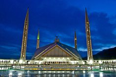 Most Beautiful Mosques Photography Around The World.The Shah Faisal Mosque Islamabad Pakistan