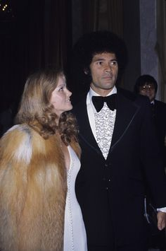 Priscilla Presley and Mike Stone circa Young Priscilla Presley, Elvis Presley 1977, Elvis And Priscilla, The First Wives Club, American Legend, Lisa Marie, Event Photos, Best Actor, Classic Hollywood