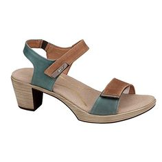 22dbc2c806236 7 best shoes images on Pinterest