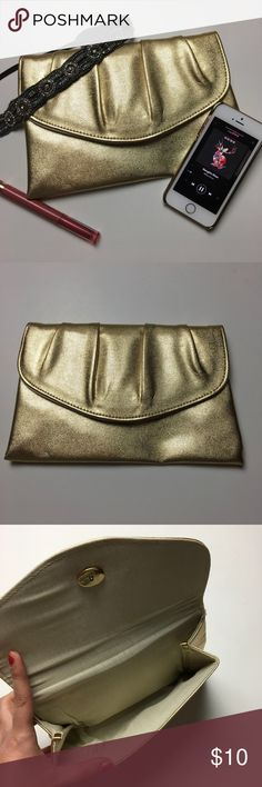 Shimmery Gold Clutch 🍯 Excellent condition. Great for a night out! Fits make ups, phone and keys. 😍 Bags Clutches & Wristlets