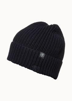 Geschützt gegen Wind und Wetter - diese Mütze wärmt nicht nur auf angenehmste Weise sondern ist auch das perfekte Accessoires zu sportlich modischen Outfits. Mütze in Rippenoptik passt sich perfekt der Kopfform an. Mit ca. 6 cm breitem Umschlag aus 100% Baumwolle....